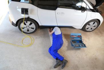 Garage finder for electric vehicles